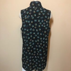 CAbi Tops - Cabi NWOT 3440 whimsy blouse sleeveless floral